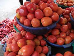 Food markets in Lagos, Nigeria; Mile 12, Oyingbo, Balogun, Makoko ...